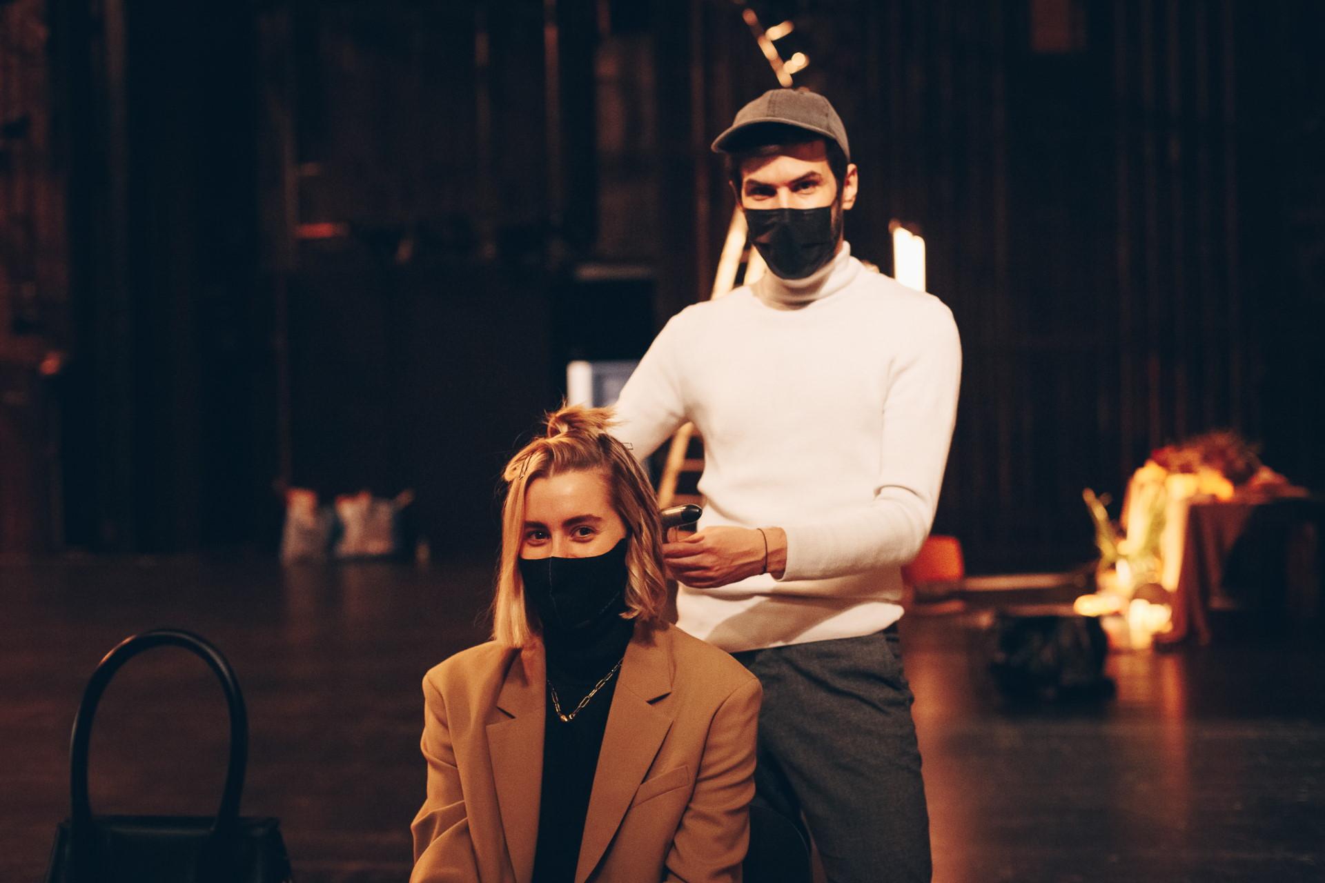 backstage-11